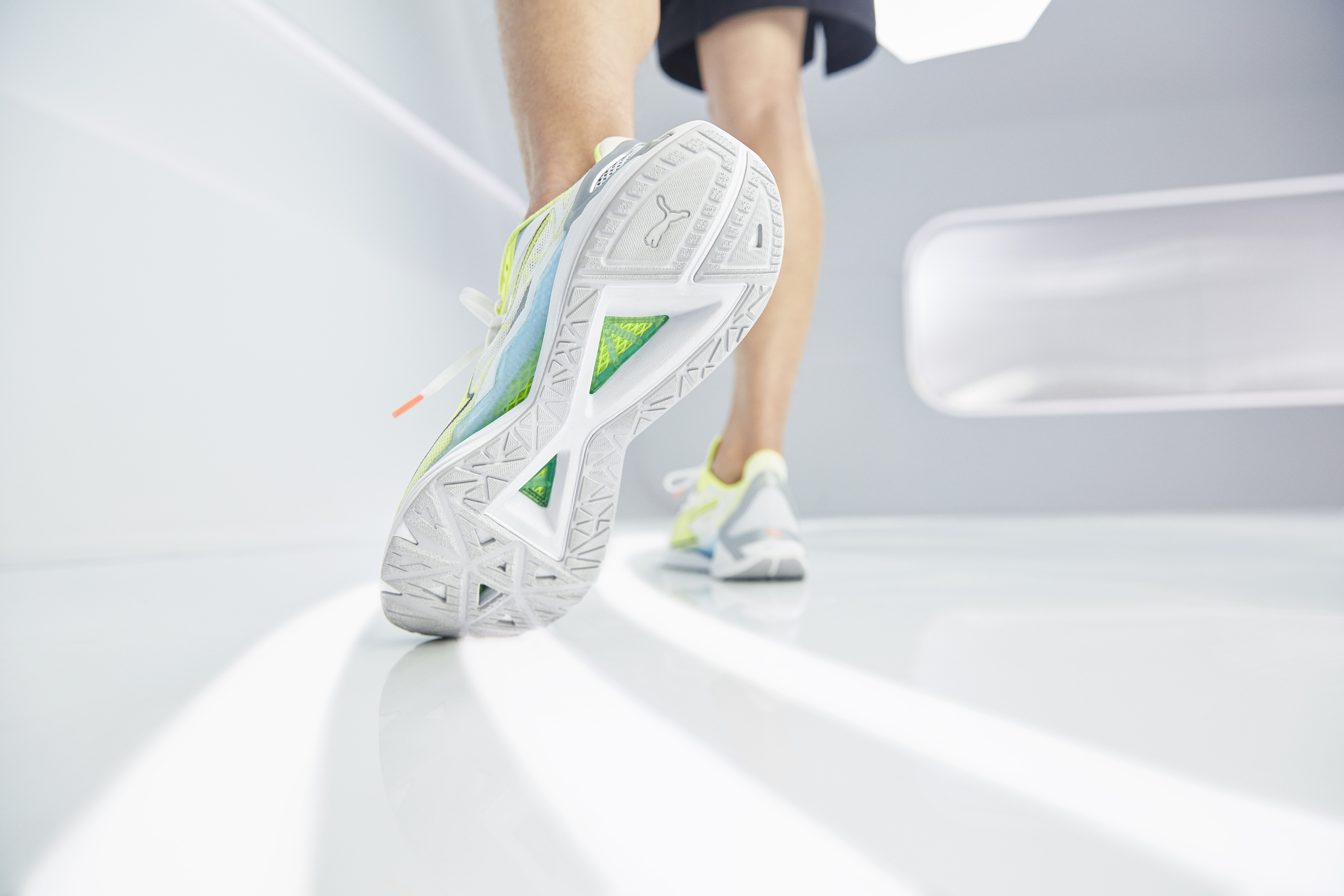 PUMA_AW20_Q3ULTRARIDE_PRODUCT_0147_LOW-RES_FINAL.jpg